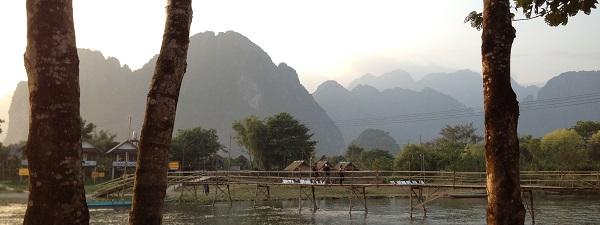 Les abords de la Nam Song River à Vang Vieng