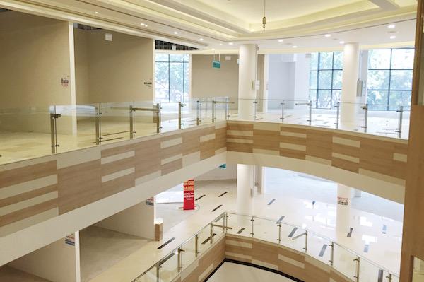 4 raisons qui expliquent la crise des centres commerciaux à Singapour