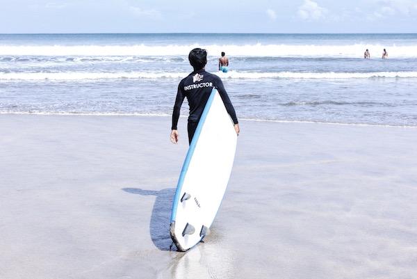 Les écoles de surf à Bali