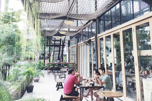 Livingston Cafe Bakery Bali