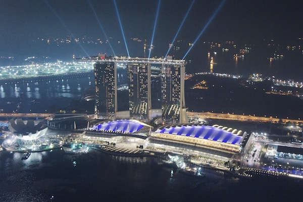 Marina Bay Sands la nuit