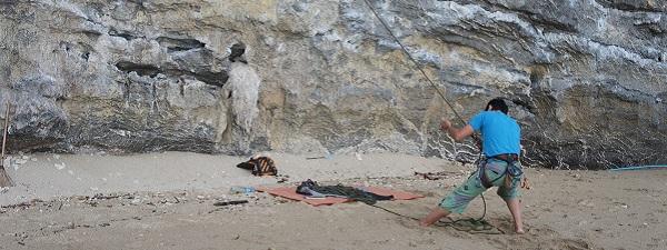Escalade sur la plage