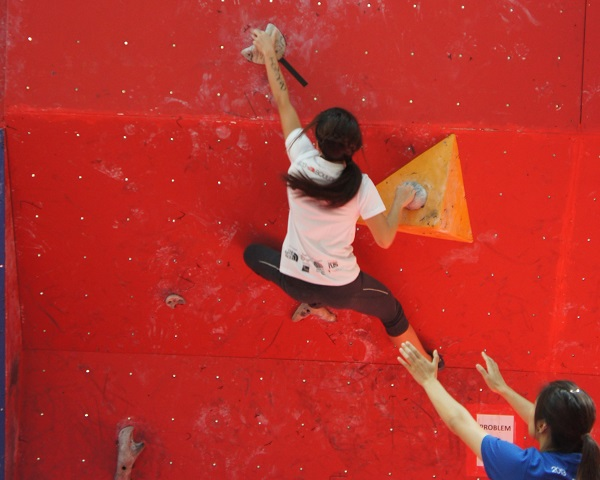 Inter Women - Qualifiers at Boulderactive 2013