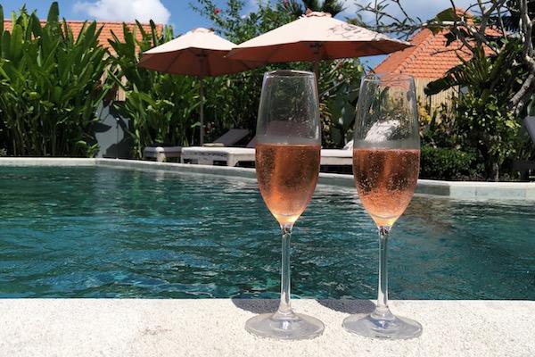 Champagne Villa Bali