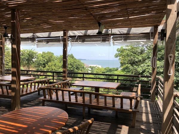 Vue du Pantai Restaurant